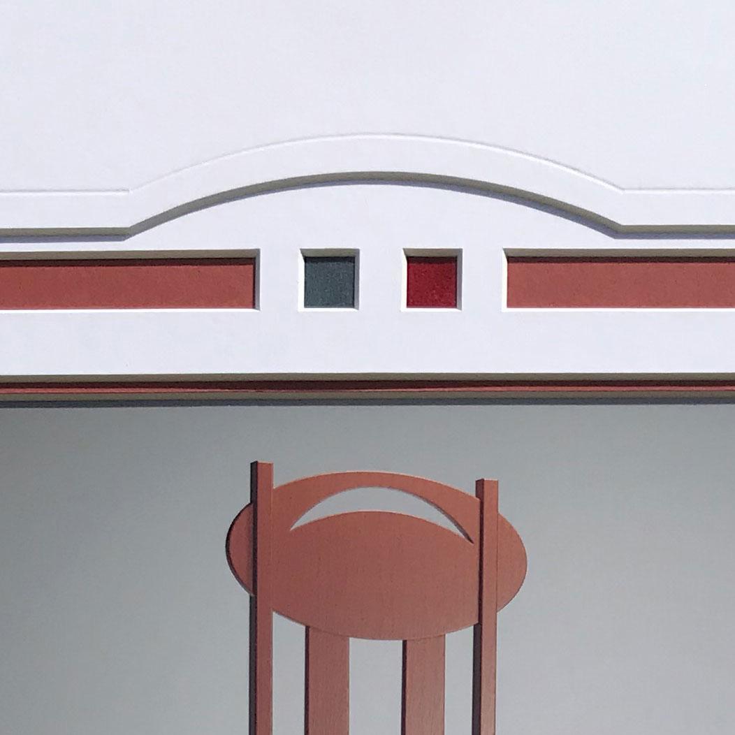 detail of top curve on mount design